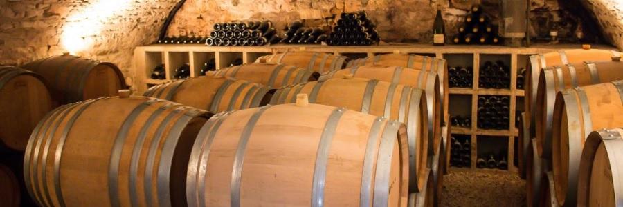 Хранение домашнего вина в дубовых бочках